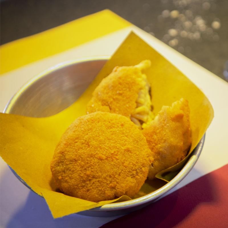 PASTELLA_Pasta-fritta-Cacio-pepe