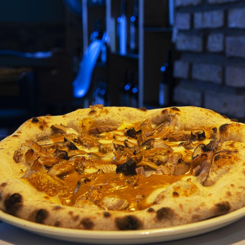 PASTELLA_Pizza-porchetta